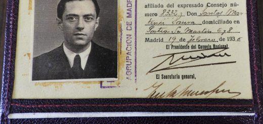 Carnet de Izquierda Republicana firmado por Manuel Azaña,